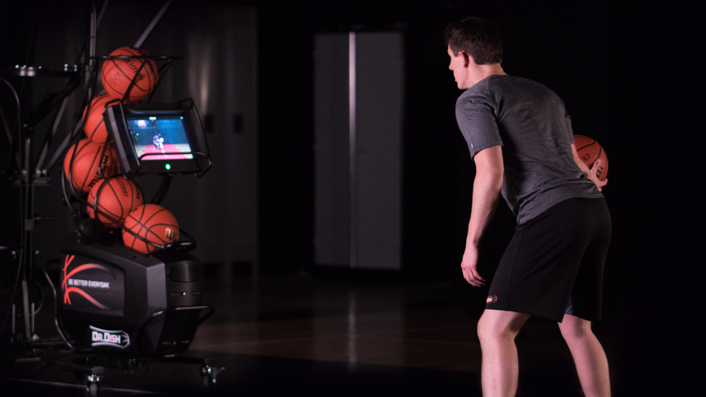 Basketball training with a Dr. Dish CT shooting machine